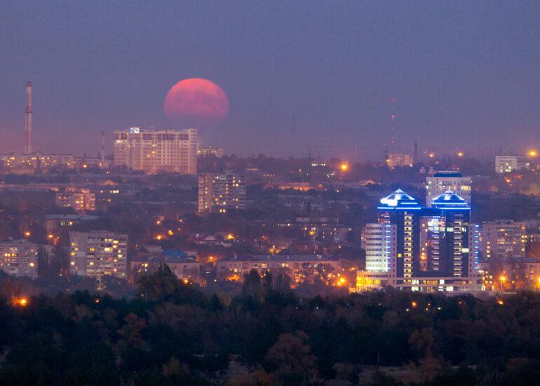 Пробудження Місяця