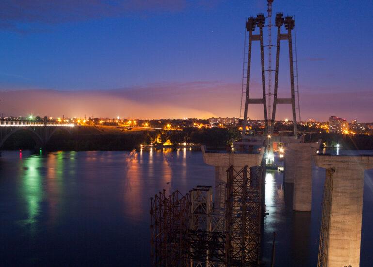 Вечір на мостах