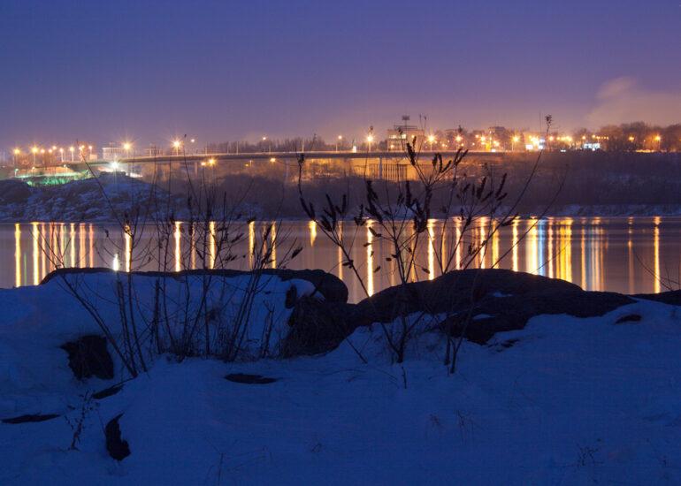 Зимова ніч на Хортиці