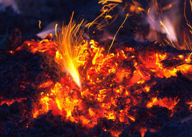 Вогняна іскра